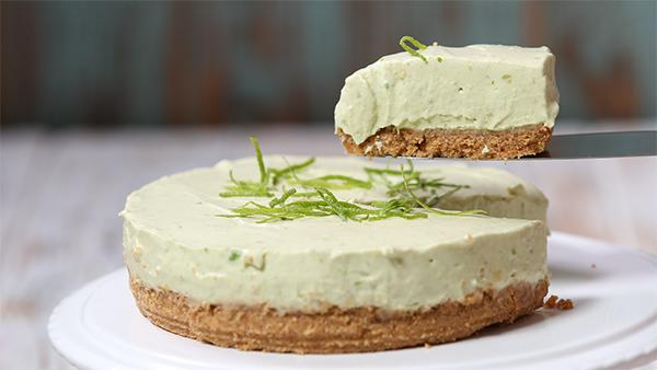 Avocado and lemon cheesecake in the thermomix