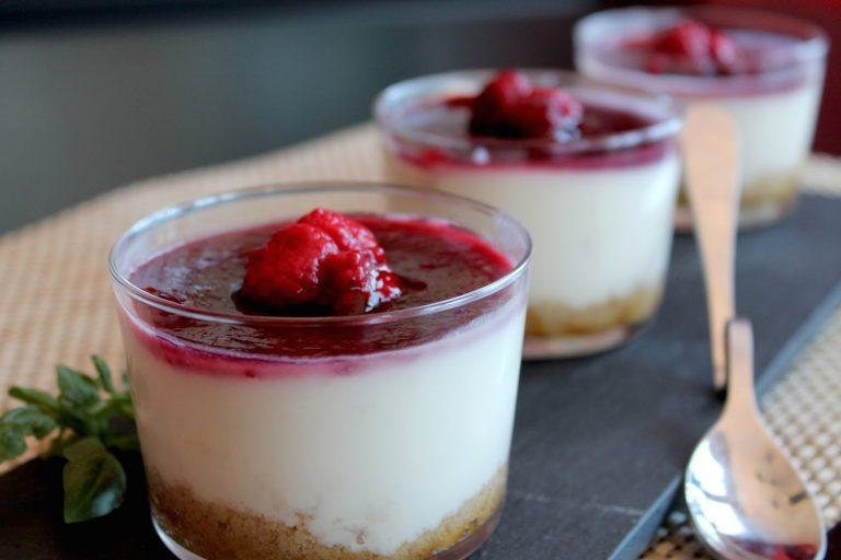New York Cheesecake in glasses with thermomix
