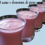 Strawberry Petit suisse or danoninos with thermomix