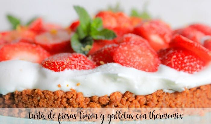 Strawberry and lemon cake with cookies with Thermomix