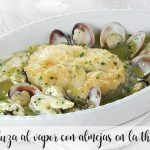 Steamed hake with clams in the thermomix